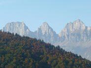 I tre Churfirsten centrali; da sinistra Brisi 2279 m, Zuestoll 2235 m e Schibenstoll 2236 m
