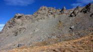 una crestina rocciosa sulla sinistra del sentierino di salita (16-10-2010)