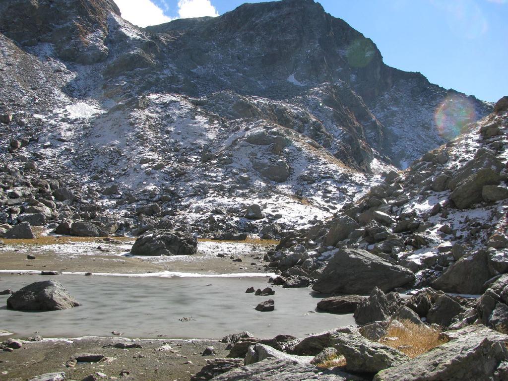 Conca Glaciale del Lago della Goiassa e canale di salita al Monte del Prà