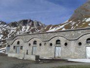 l'arrivo all'Alpe Tsa des Merdeux,sullo sfondo il mont Tapie