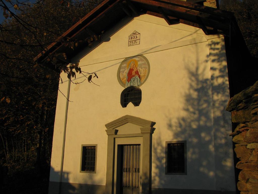 Chiesetta della Madonna della Neve a Catarello