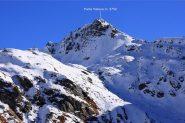 la Punta Valnera, osservata dai pressi degli Alpeggi Palasina (6-11-2010)