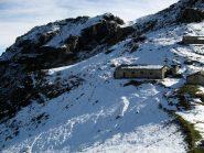 Alpe Uja, in fondo il colletto dell'Alpe La Colla