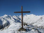 Nuova Croce e panorama sulla testata della Valle Savenca