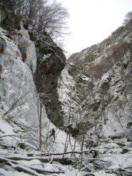 seconda cascata del brunel, in secondo piano