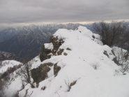 Alcuni passaggi lungo la cresta, un pò delicati per la neve gelata e crostosa.