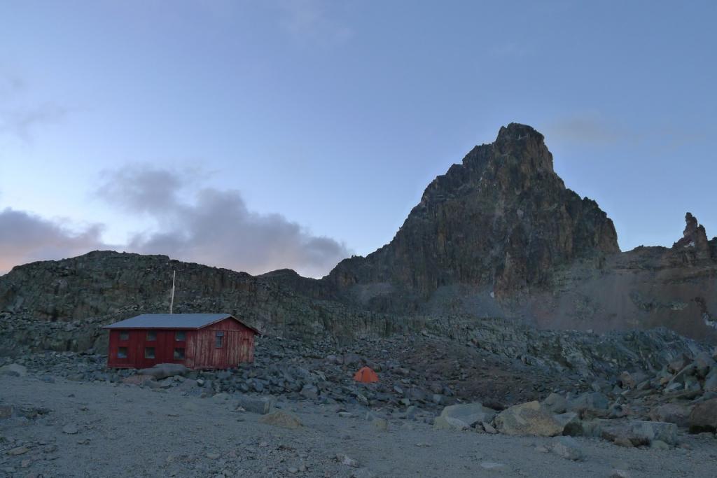 austrian hut e Nelion