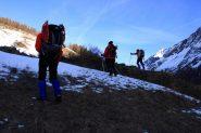 alla ricerca della neve...poco oltre i casolari di Le Bezet (19-2-2011)