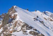 per chi vuole continuare verso la cima Montù, l'ultima a destra