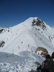 Il monte rosso di Vertosan dalla cima