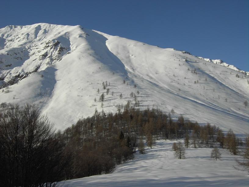 1.A dx pendio di salita verso la cresta NE(visto dal Chiot).