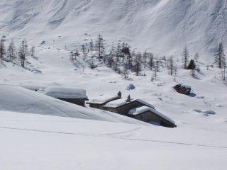 Alpe Entrelor 2140m