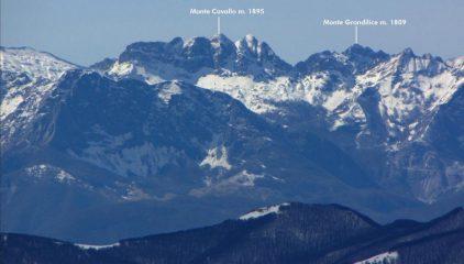 panorami osservati dalla cima...03 (18-03-2011)