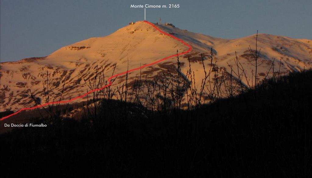 tramonto sul Monte Cimone dal Passo dell'Abetone...e via di salita seguita (18-3-2011)