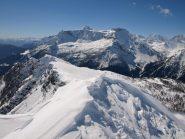 Panorama da Pizzo Troggi (2309 m): sullo sfondo Monte Cistella e Pizzo Diei