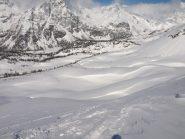 Panorama da Pizzo Troggi (2309 m): pendii verso Alpe del Sangiatto