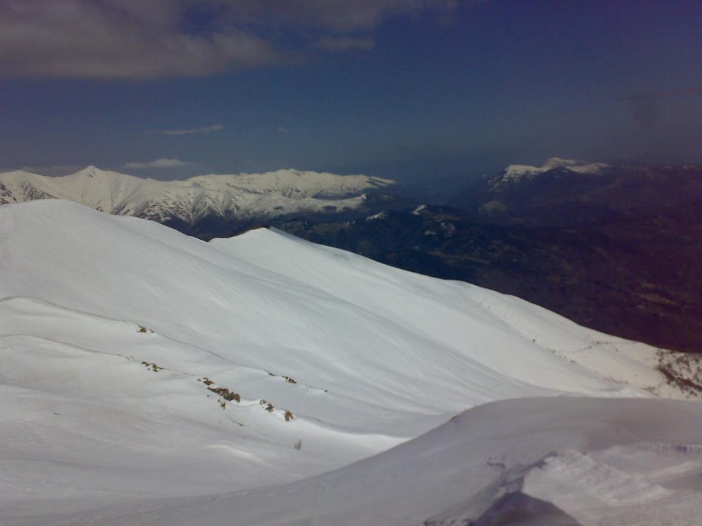 Frontè (Monte) da Colla San Bernardo per la strada del colle del Garezzo 2011-03-22