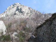Baita Jas-Damon e le rooce della cresta sud Croix-Corma