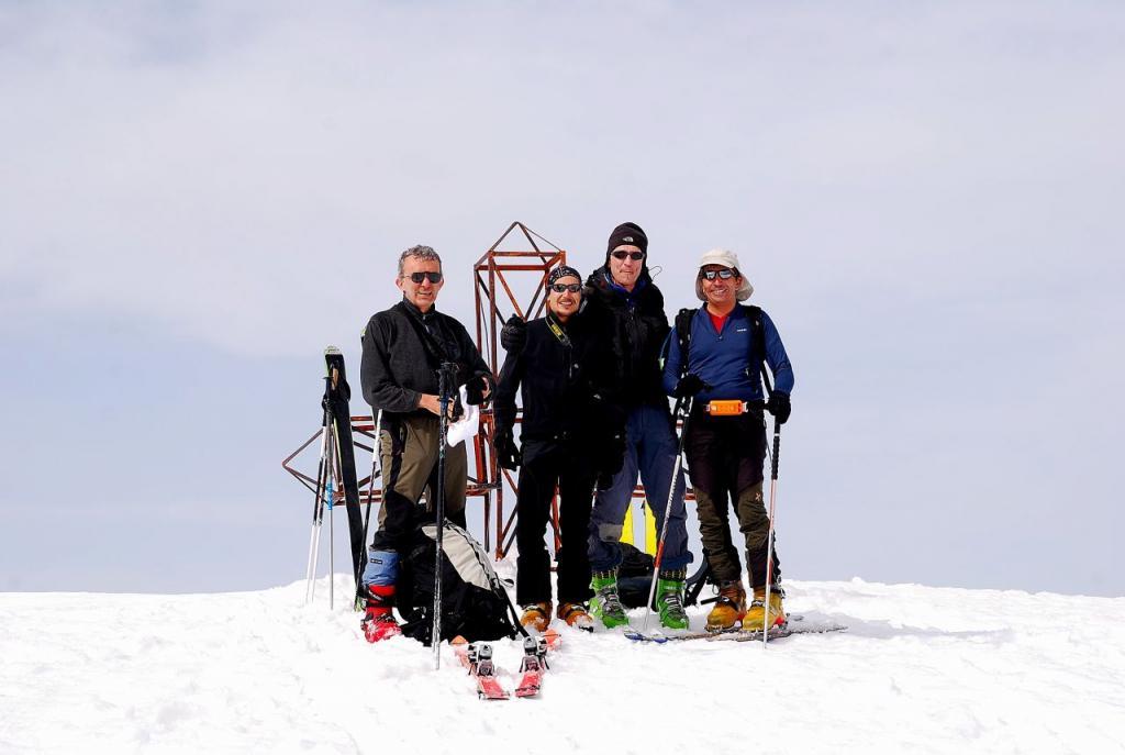 i compagni di avventura sulla cima del Marguareis 2651 m