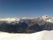 02 - Neve in alto, prati verdi a Sansicario e Cesana