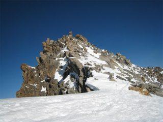 Le rocce che precedono la cima