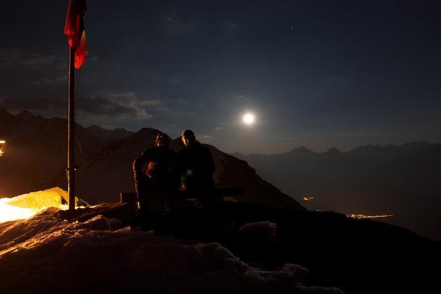 luna inizia a spuntare