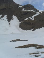 il lago del Fallere ricoperto di ghiaccio