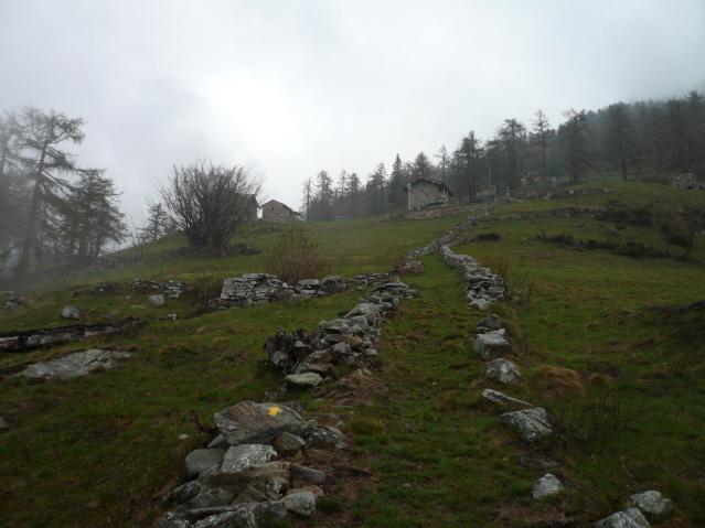 Prè (Alpe)anello da Fontainemore via Farettaz 2011-04-23