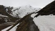 cielo nuvoloso e grigio in Val Fourane (25-4-2011)