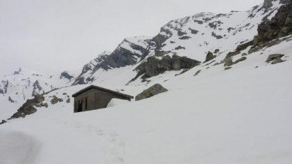 l'arrivo alla Cabane du Lauzanier (25-4-2011)