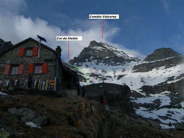 dalla Cabane: in rosso la prima parte del percorso verso la parete sud e in verde la discesa finale dal Col du Meitin