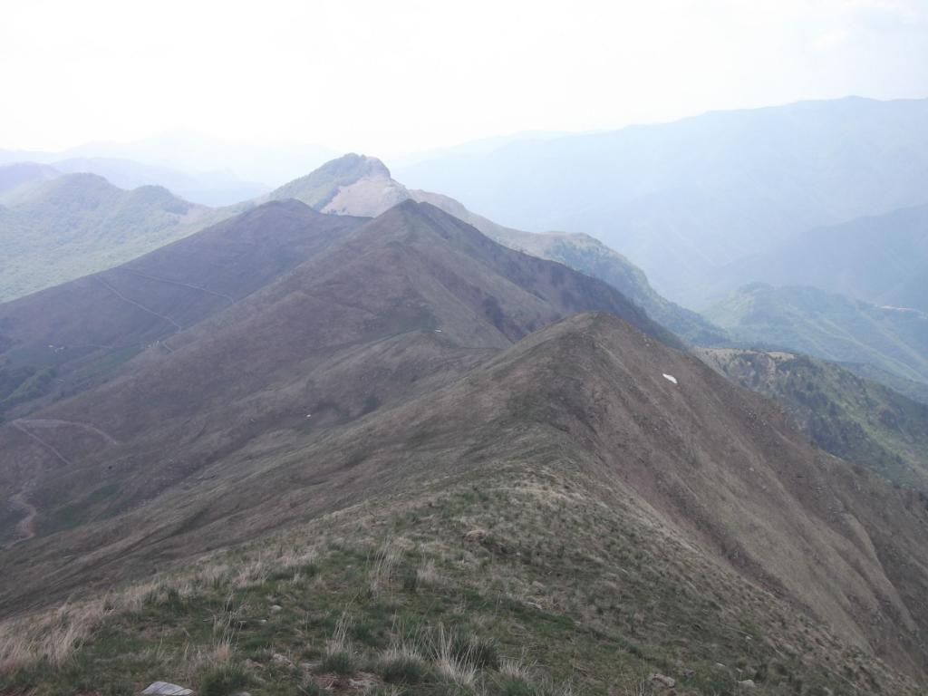 Il crinale sud , dalla cima