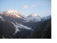 La Gran Rochere e la Bonale' salendo a Rantin da Planaval all'alba