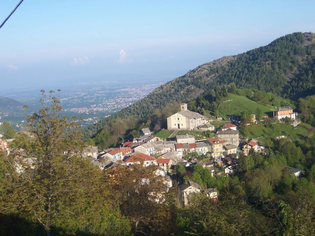 Croce (Passo della) da Pessinetto, giro per Sant'Ignazio, Chiaves, Cernesio 2011-04-30