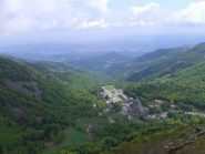 Oropa vista dal punto panoramico poco sopra l'alpe Giass Comun
