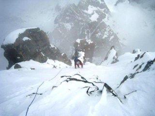 uscita in vetta, vortici di vento e neve