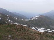05 - Tomba di Matolda e sinistra sul colle, l'alpe della Tomba Nuova