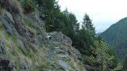 sentierino gradinato per raggiungere Barmelle