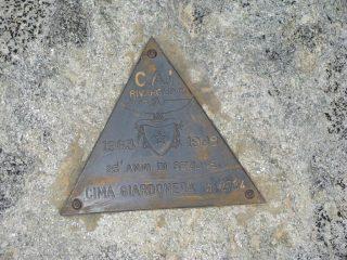 Triangolino di vetta del Cai di Rivarolo Canavese