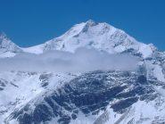 Bernina con a destra la mitica scala degli angeli o biancograt