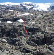 In rosso variante diretta non segnata (F), in verde sentiero tradizionale (segnato)