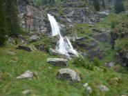 Stupenda cascata sotto Camposecco