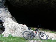 Grotta (scendendo)