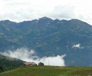 la conca di Trovinasse e Mombarone vista da Scalaro