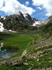 Lago di S. Bernolfo e vallone da salire