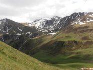 06 - la Dormillouse vista dal pendio che sale alla cima Fournier