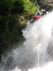 Preparativi sull'ultima cascata