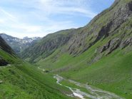 l'ampio vallone  dopo la partenza dall'alpe Porassey