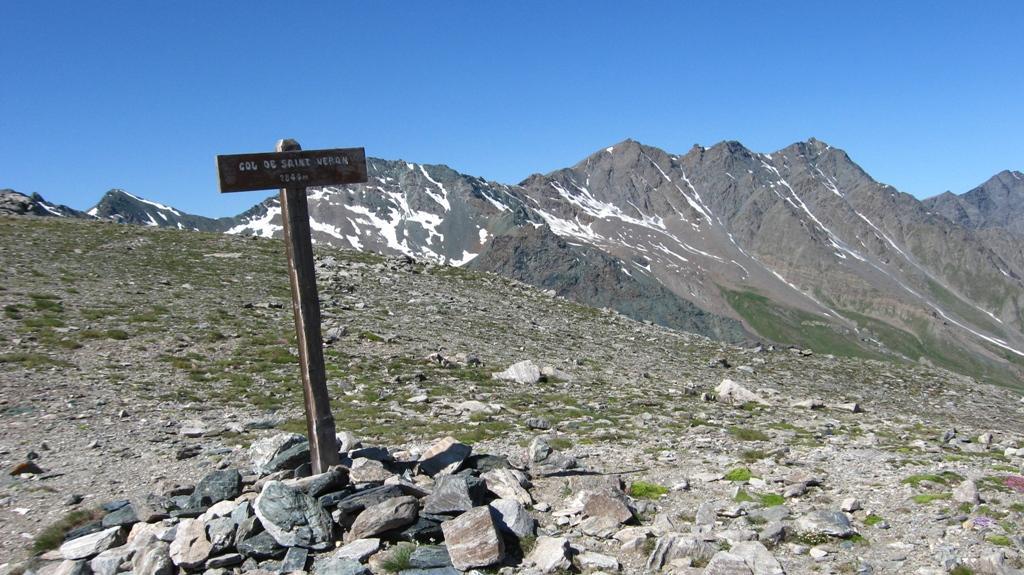 Alp (Punta dell') e Pic de Caramantran da Chianale per il Colle di Saint Veran 2011-06-30