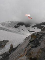 01 - inizio del nevaio per arrivare al Rif.Guide d'Ayas